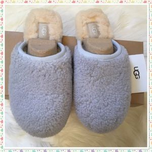 UGG Pearle Curly Cue Slippers New in Box NWT 8 Sky